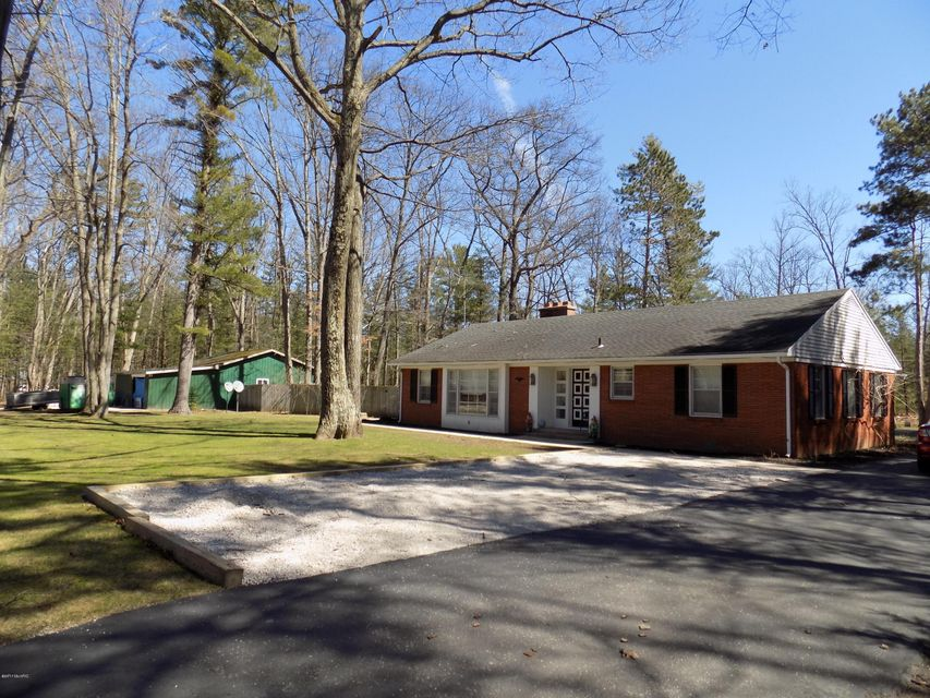 Single Family Home for Sale at 2967 Chippewa 2967 Chippewa Manistee, Michigan 49660 United States