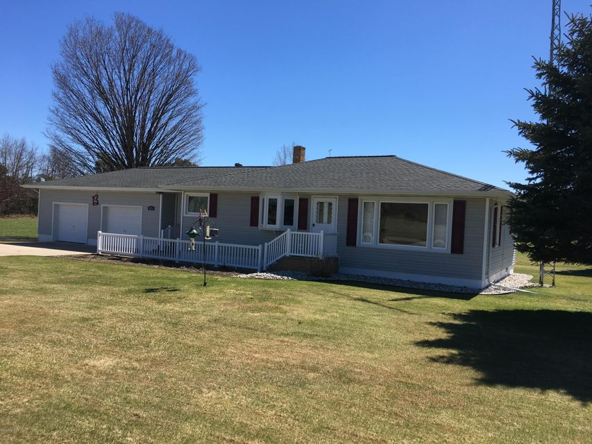 Single Family Home for Sale at 5141 Shelby Shelby, Michigan 49455 United States