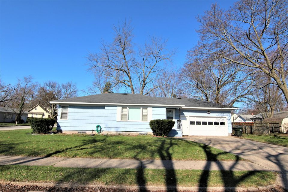 Single Family Home for Sale at 1465 Winters Muskegon, Michigan 49442 United States