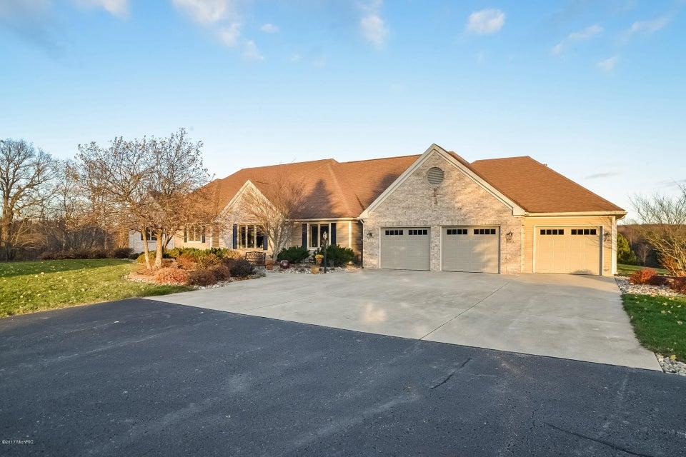 Farm / Ranch / Plantation for Sale at 15841 Kane Plainwell, Michigan 49080 United States