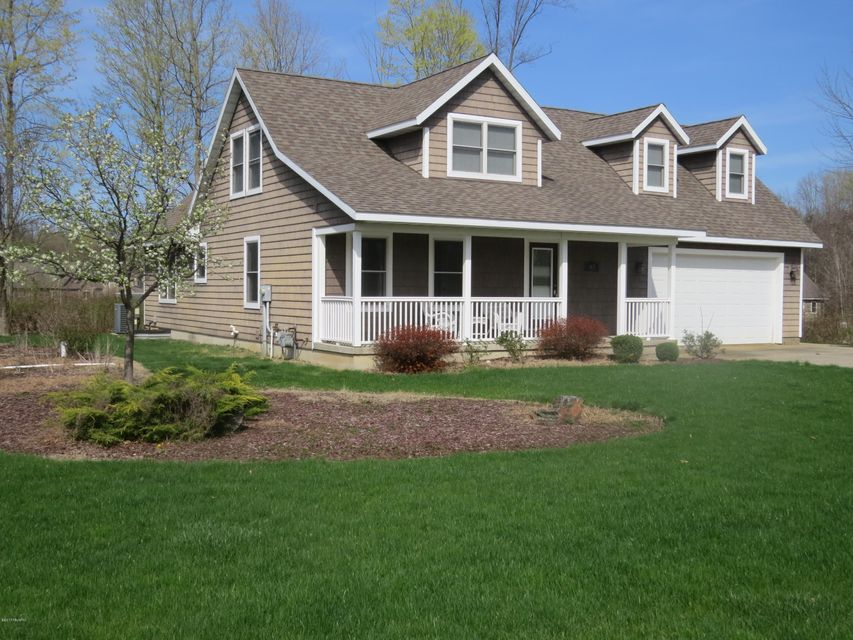 Single Family Home for Sale at 8659 Heron Watervliet, Michigan 49098 United States