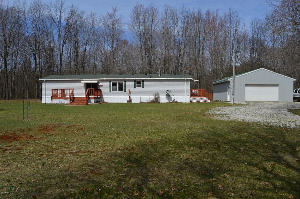 Single Family Home for Sale at 4099 Forest Scottville, Michigan 49454 United States