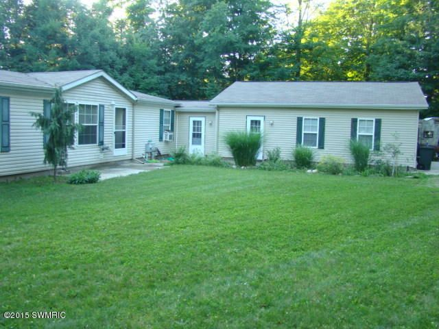 Single Family Home for Sale at 8853 Old Campground Holton, Michigan 49425 United States