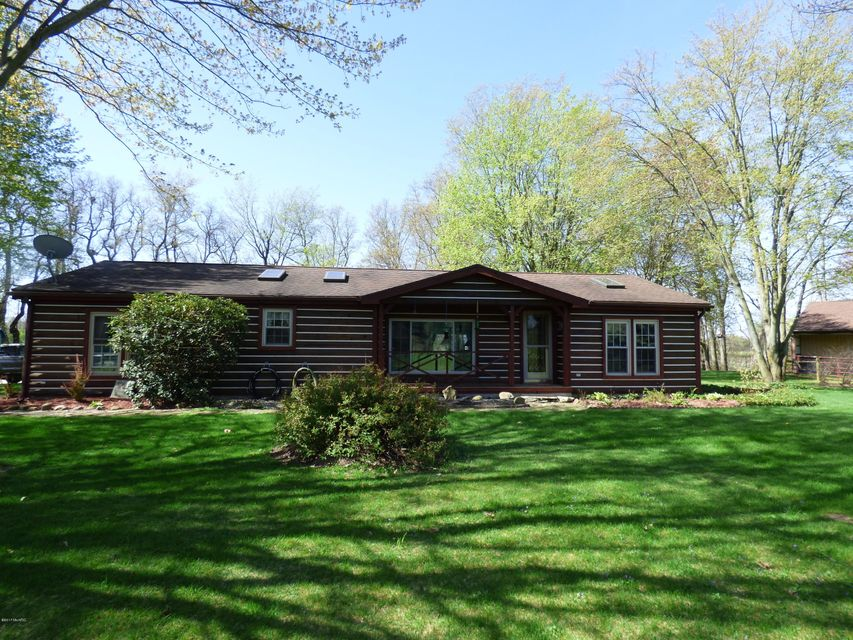 Single Family Home for Sale at 25685 Us 12 Edwardsburg, Michigan 49112 United States
