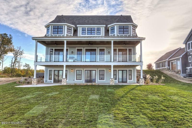 Single Family Home for Sale at 7370 Highfield Beach South Haven, Michigan 49090 United States
