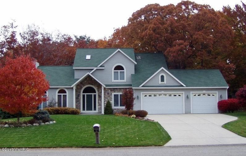 Single Family Home for Sale at 19034 Sioux Spring Lake, Michigan 49456 United States