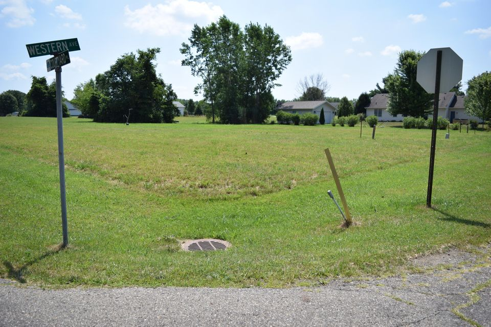 Land for Sale at Courtyard Courtyard Watervliet, Michigan 49098 United States