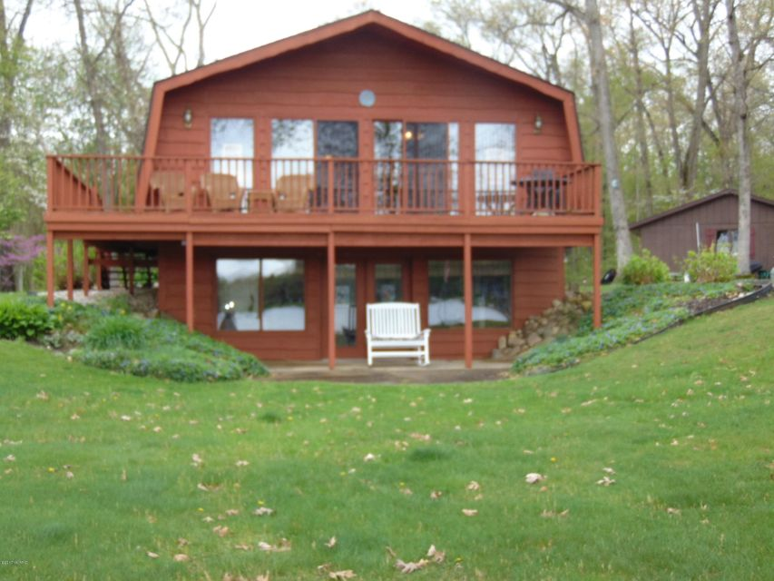 Single Family Home for Sale at 64373 Parkwood Paw Paw, Michigan 49079 United States