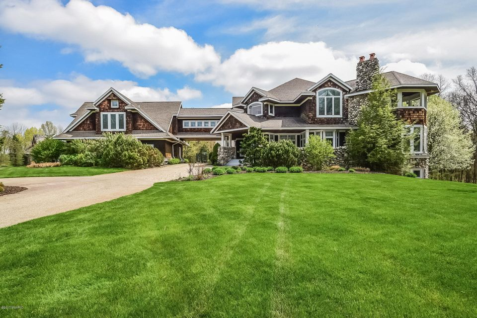 Farm / Ranch / Plantation for Sale at 9401 Bryndale Ada, Michigan 49301 United States