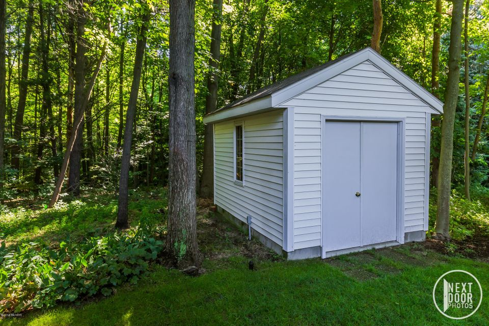 13702 Forest Park Drive, Grand Haven, MI, 49417, MLS # 17021209 ...