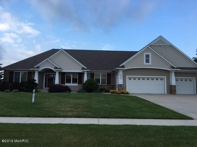 Single Family Home for Sale at 8390 Golfside Jenison, Michigan 49428 United States