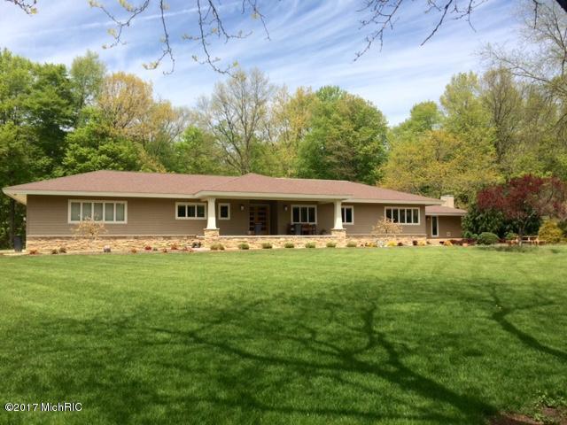 Farm / Ranch / Plantation for Sale at 5499 Topanga Coloma, Michigan 49038 United States