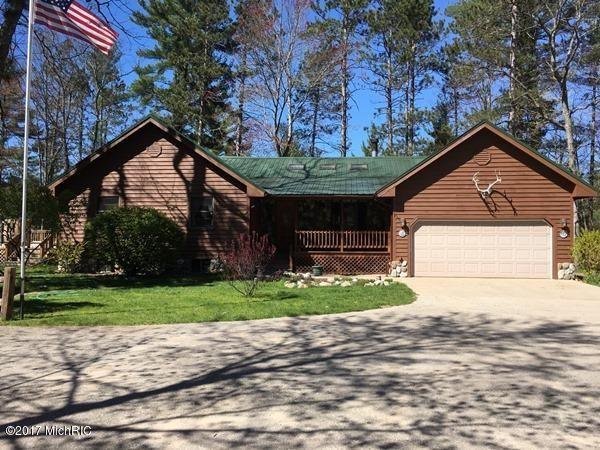 Single Family Home for Sale at 12672 Jacobson Wellston, Michigan 49689 United States