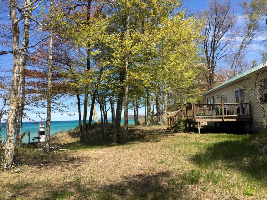 Single Family Home for Sale at 6350 Lakeshore Manistee, Michigan 49660 United States