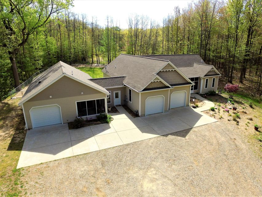 Single Family Home for Sale at 1961 Lakeshore Fennville, Michigan 49408 United States