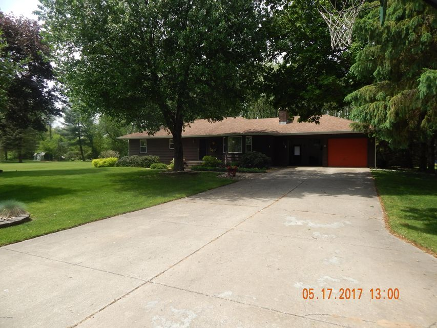 Single Family Home for Sale at 52092 Nancy Three Rivers, Michigan 49093 United States