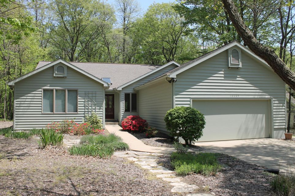Single Family Home for Sale at 12809 Highland Shores 12809 Highland Shores Sawyer, Michigan 49125 United States