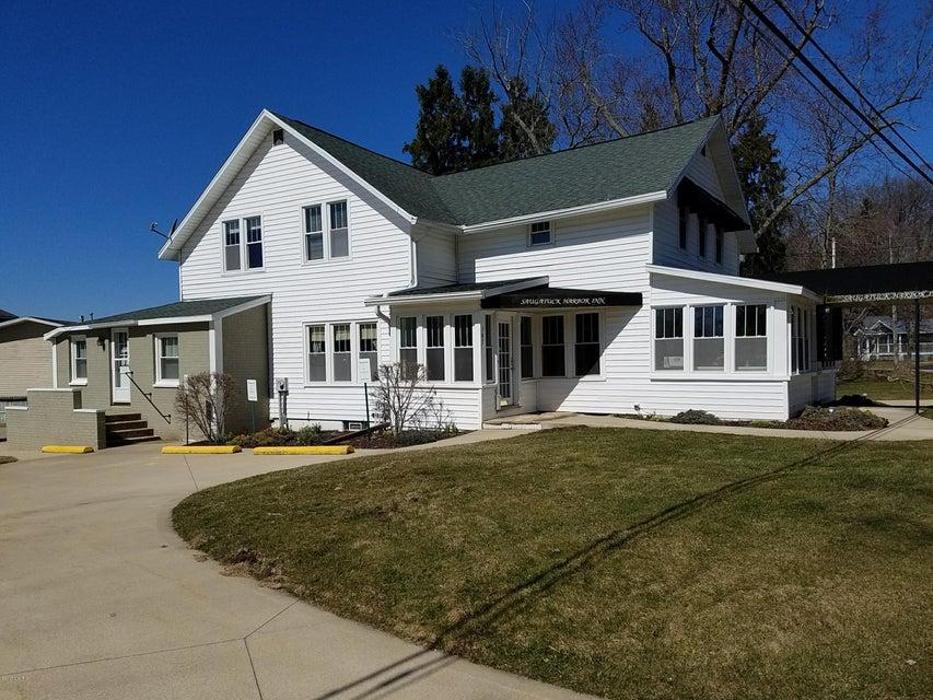 Single Family Home for Sale at 787 Lake Saugatuck, Michigan 49453 United States