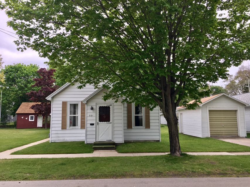 Single Family Home for Sale at 321 Third 321 Third Manistee, Michigan 49660 United States