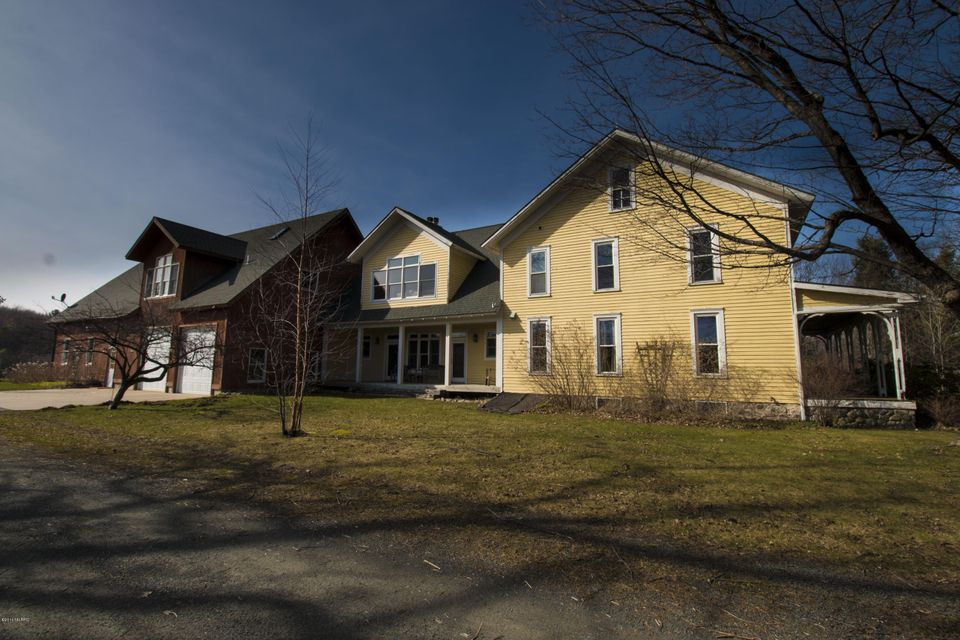 Farm / Ranch / Plantation for Sale at 201 72nd Hart, Michigan 49420 United States