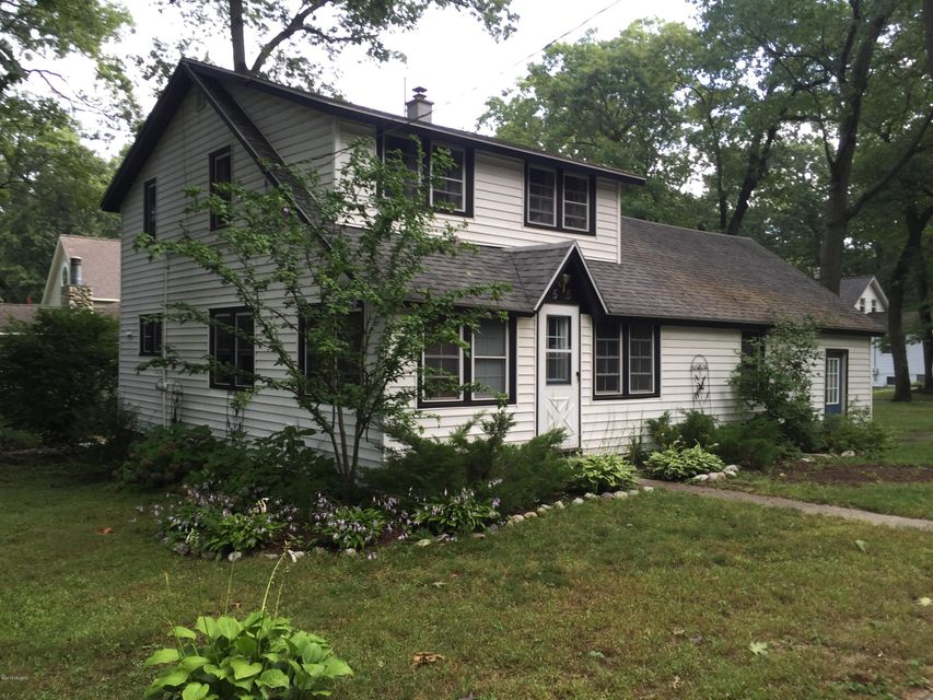 Single Family Home for Sale at 15805 Cherry Spring Lake, Michigan 49456 United States
