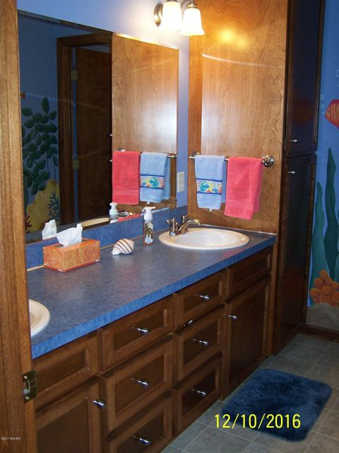 Bathroom Cabinets Grand Rapids Mi 283 kara sw, grand rapids, mi, 49534 - sold listing, mls