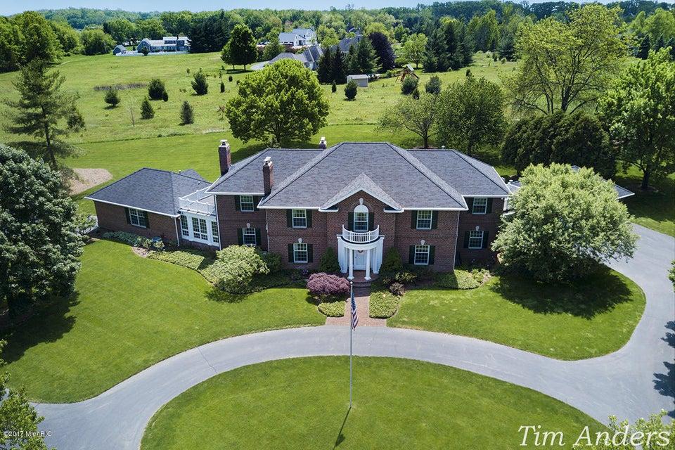 Single Family Home for Sale at 4610 Bradford Grand Rapids, Michigan 49525 United States