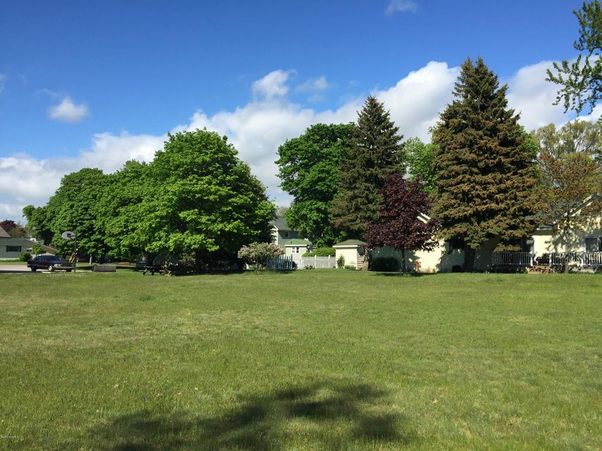 Land for Sale at 332 Third Avenue 332 Third Avenue Manistee, Michigan 49660 United States