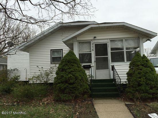 776 Wauceda Avenue, Benton Harbor, MI 49022