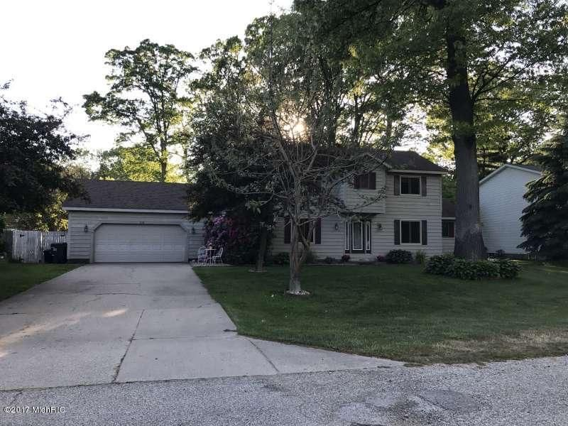 Single Family Home for Sale at 1115 Greenbriar Muskegon, Michigan 49445 United States