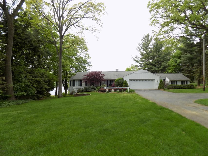 Single Family Home for Sale at 3747 Highgate Norton Shores, Michigan 49441 United States