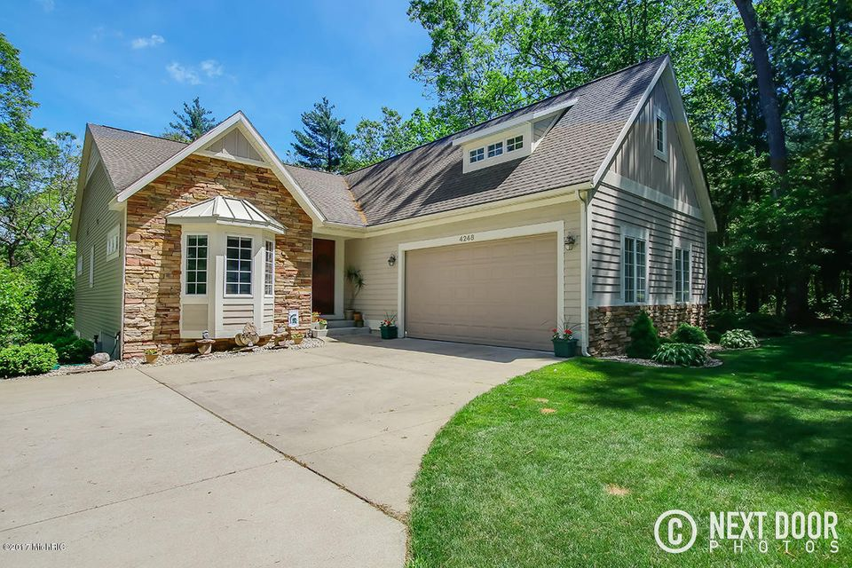 Single Family Home for Sale at 4248 Vernors Valley 4248 Vernors Valley Twin Lake, Michigan 49457 United States