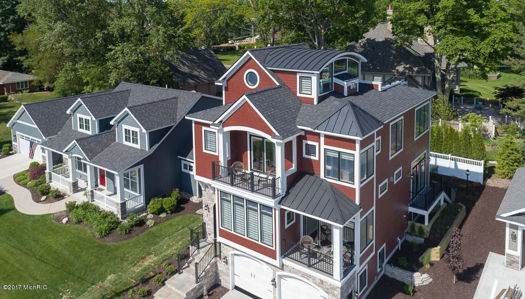 Single Family Home for Sale at 548 BAYVIEW Holland, Michigan 49423 United States
