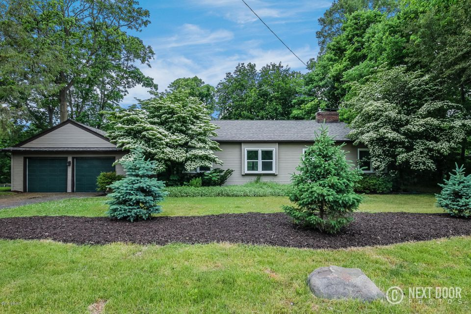 Single Family Home for Sale at 2885 Cascade Springs Grand Rapids, Michigan 49546 United States