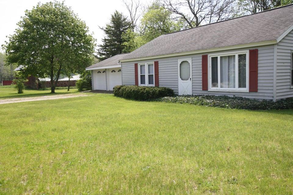 Farm / Ranch / Plantation for Sale at 2453 McMillan 2453 McMillan Muskegon, Michigan 49445 United States