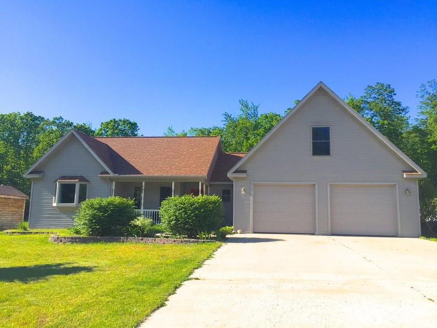 Single Family Home for Sale at 17910 Coates Brethren, Michigan 49619 United States