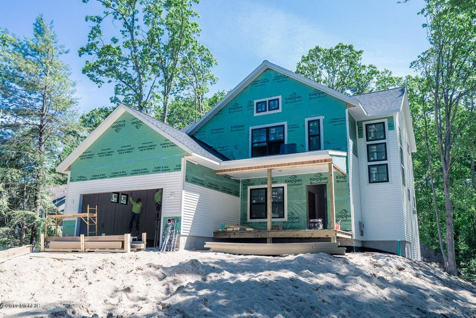 Single Family Home for Sale at 18968 Walden Spring Lake, Michigan 49456 United States