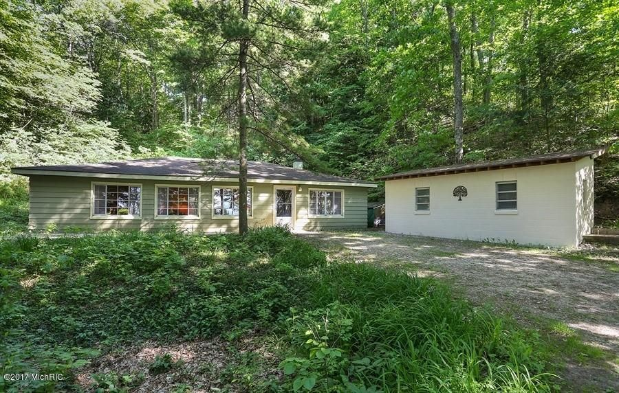Farm / Ranch / Plantation for Sale at 35446 Blue Star Covert, Michigan 49043 United States