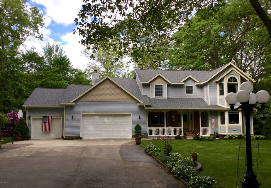 Single Family Home for Sale at 4459 Creekside 4459 Creekside Whitehall, Michigan 49461 United States