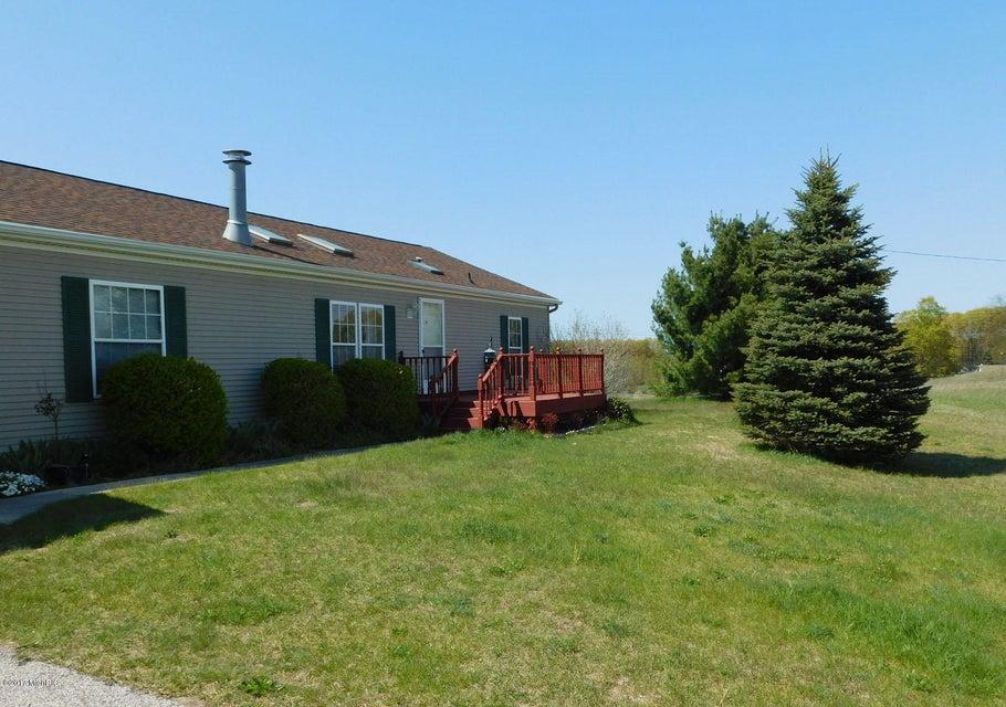 Single Family Home for Sale at 6390 Chief Brethren, Michigan 49619 United States