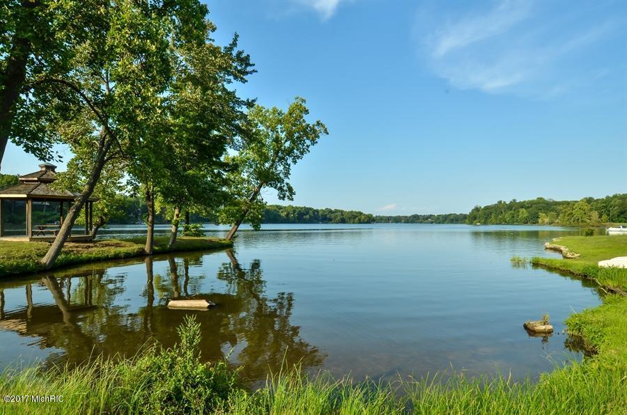 4623 Lake Pines , Berrien Springs, MI 49103 Photo 20