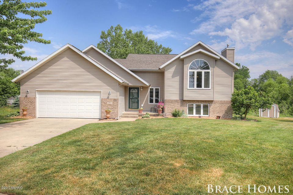 Single Family Home for Sale at 75 Talon Coopersville, Michigan 49404 United States