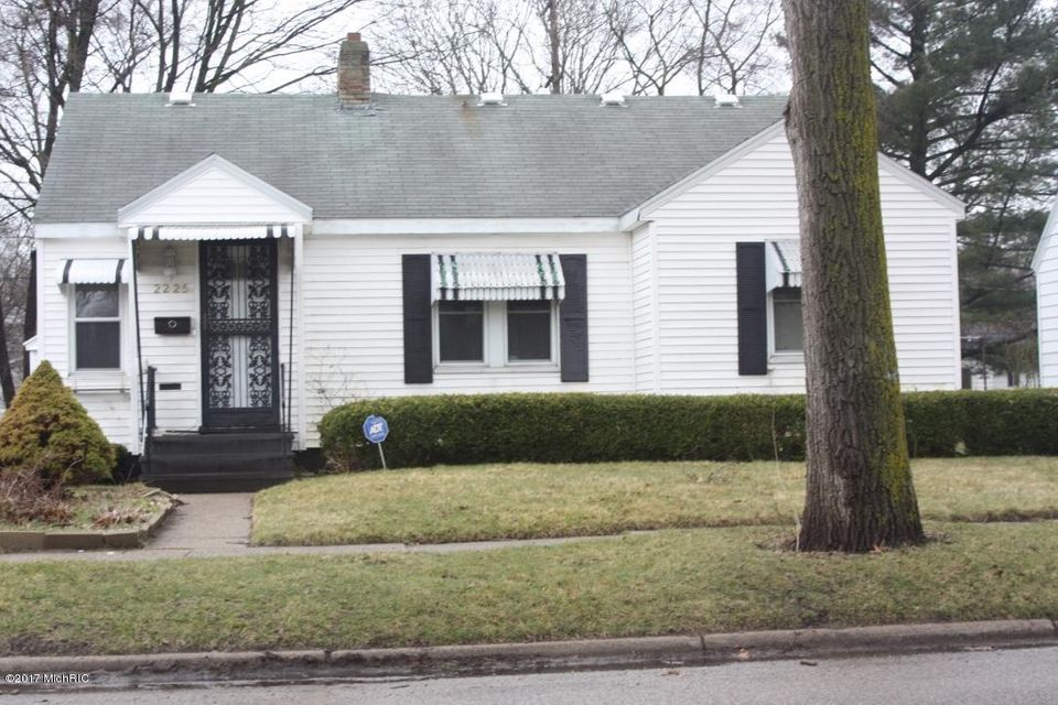 Single Family Home for Sale at 2225 7th Muskegon Heights, Michigan 49444 United States