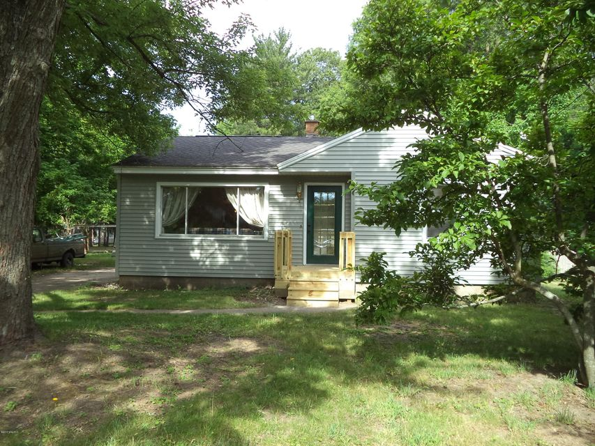 Single Family Home for Sale at 1113 West Muskegon, Michigan 49442 United States