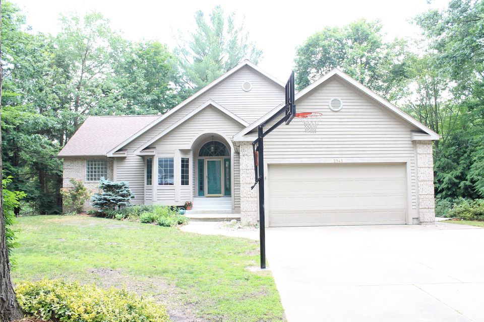 Single Family Home for Sale at 2343 Stevens Creek Fruitport, Michigan 49415 United States