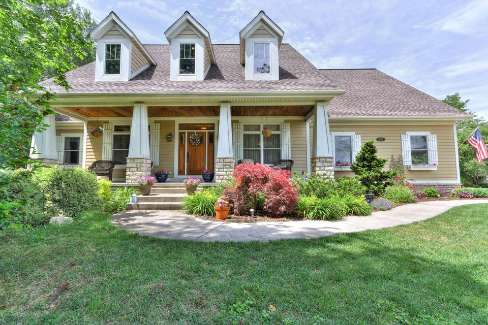 Single Family Home for Sale at 202 Independence Muskegon, Michigan 49444 United States