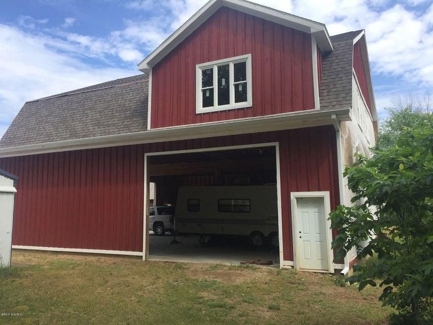 Farm / Ranch / Plantation for Sale at 12607 Val Pine Drive Battle Creek, Michigan 49017 United States
