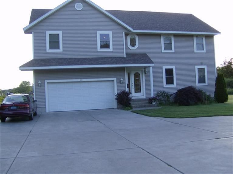 Single Family Home for Sale at 50 Lakeshore Muskegon, Michigan 49444 United States