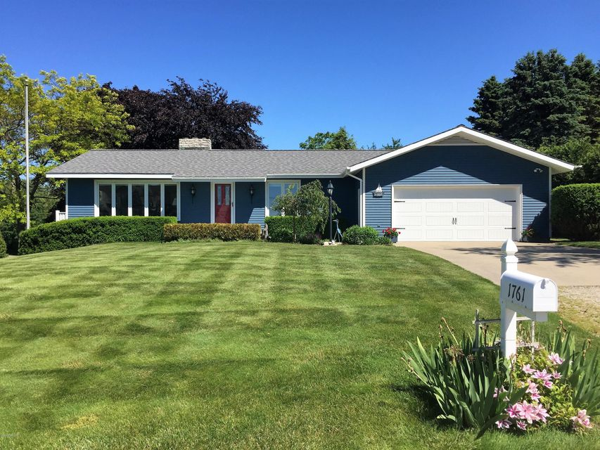 Single Family Home for Sale at 1761 Surfside Manistee, Michigan 49660 United States