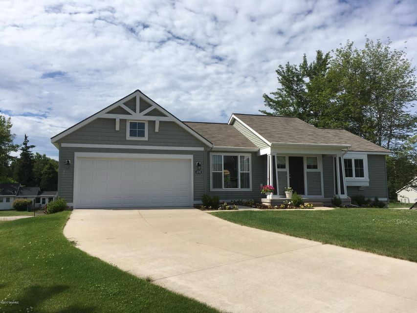 Single Family Home for Sale at 839 Ashlee 839 Ashlee Muskegon, Michigan 49441 United States